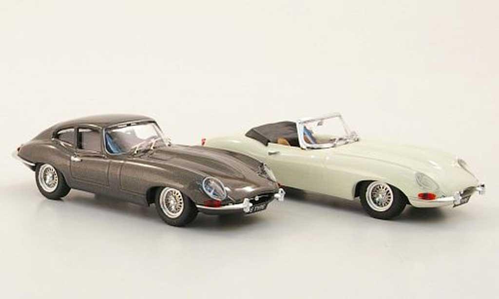 Jaguar E-Type 1961 1/43 Best Jubilaums-Set: Roadster weiss und Coupe grau Autosalon Paris modellautos