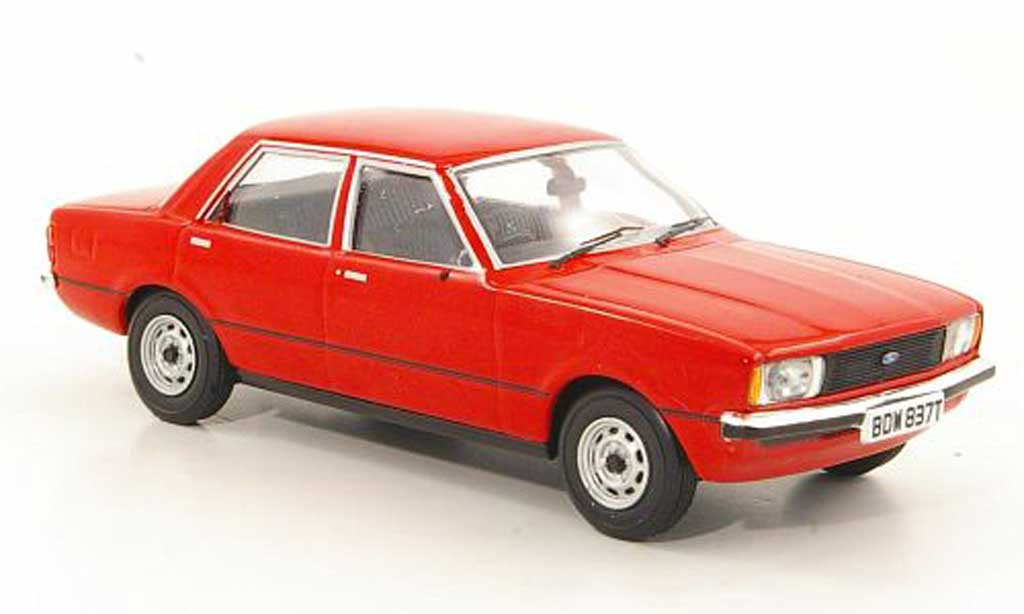 Ford Cortina 1/43 Vanguards MkIV 1.6L rouge RHD miniature