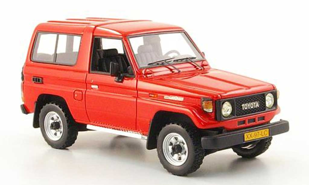 Toyota Land Cruiser 1/43 Neo LJ 70 rouge 1986 miniature