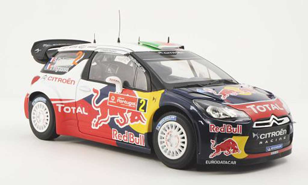 DS Automobiles DS3 WRC 2011 1/18 Norev No.2 Red Bull / Total S.Ogier / J.Ingrassia Rally Portugal miniature