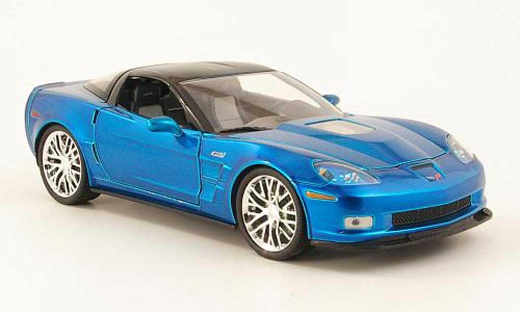 Chevrolet Corvette C6 ZR1 1/18 Jada Toys bleu/carbon phares 2009 modellautos