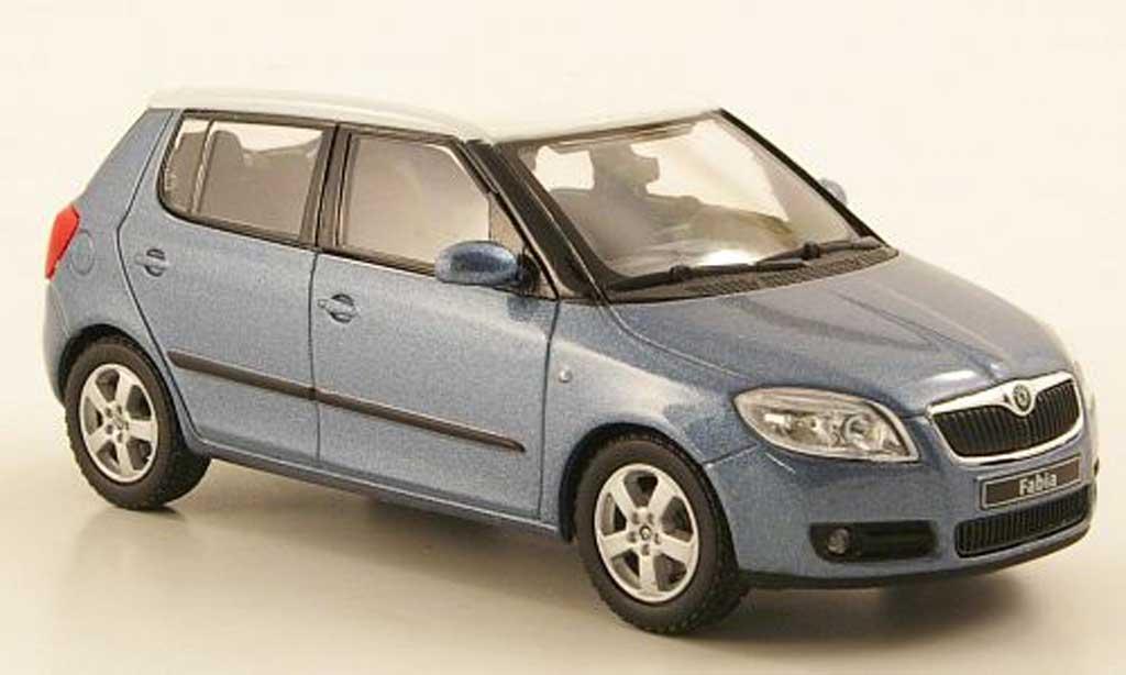 Skoda Fabia II 1/43 Abrex bleugrise avec blancheem Dach 2006 miniature