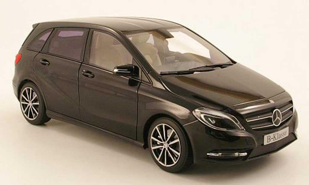 Mercedes Classe B 1/18 Norev noire 2011 miniature