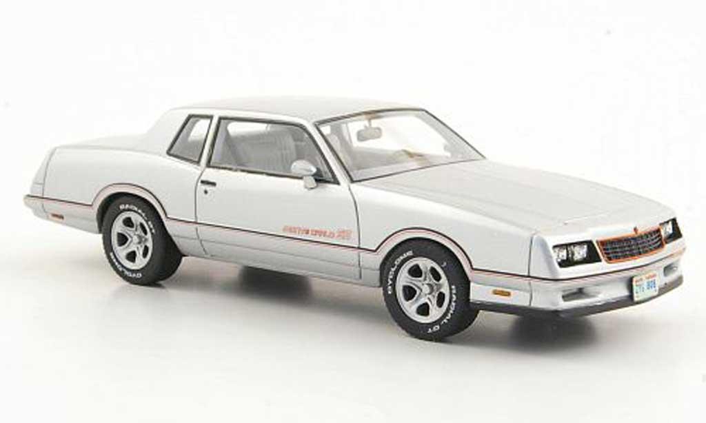 Chevrolet Monte Carlo 1/43 American Excellence SS grau  limitierte Auflage 500 1986 modellautos