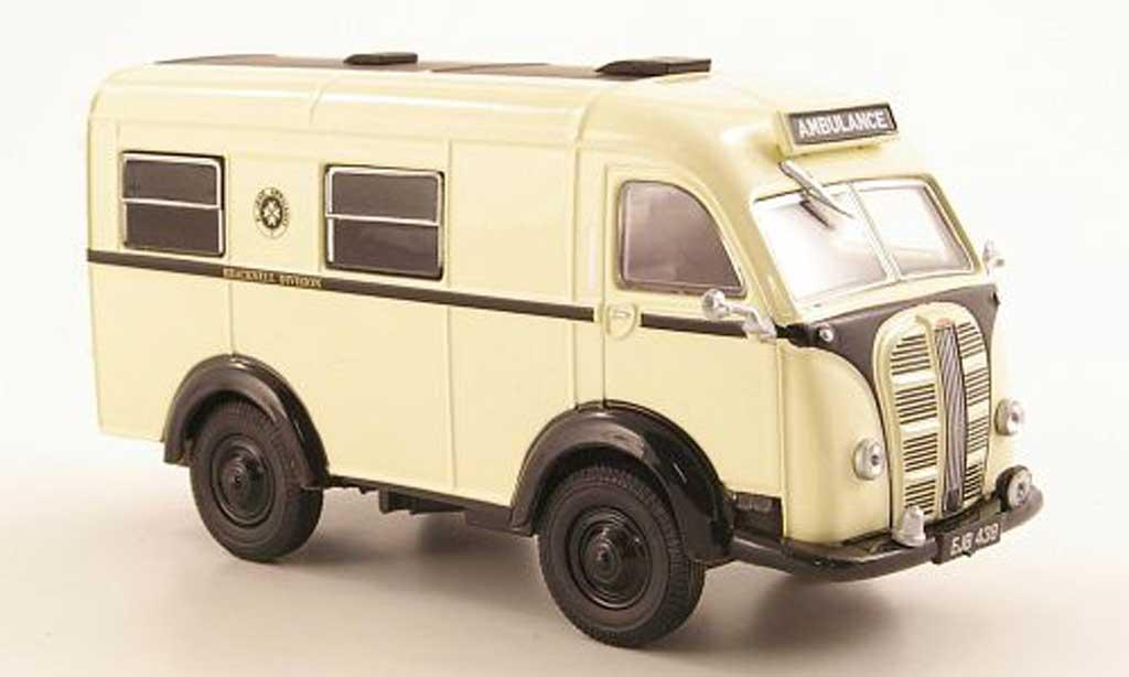 Austin K8 1/43 Oxford Van St. John Ambulance - Bracknell Division RHD miniature