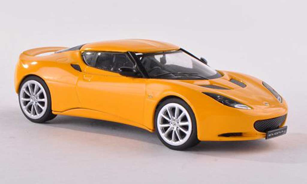 Lotus Evora S 1/18 Corgi noire-jaune  miniature
