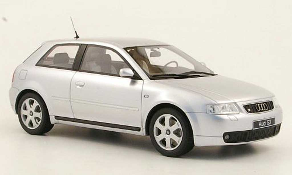Audi S3 1/18 Ottomobile (8L) grise metallisee miniature