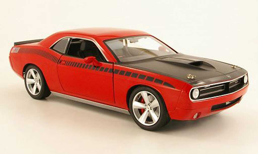 Plymouth Cuda Concept 1/18 Highway 61 Rallye rouge/noire miniature