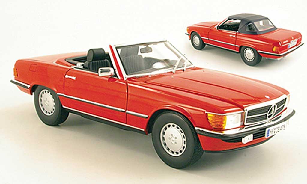 Mercedes 300 1/18 Norev SL (R107) rot 1985 modellautos