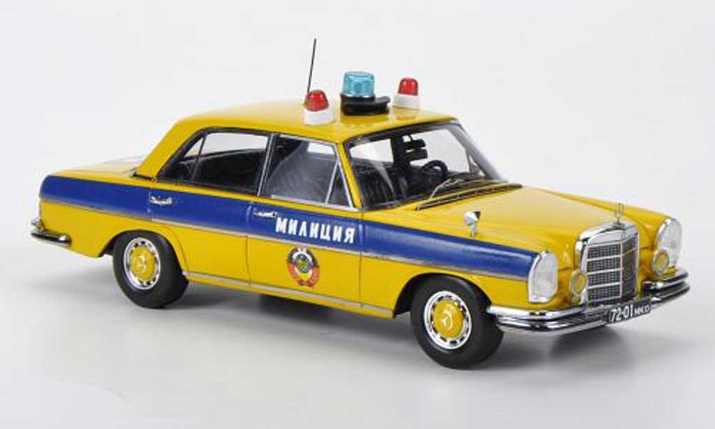 Mercedes 280 SE 1/43 DIP Models (W108) GAI - Milizija Mockba Polizei Moskau 1975 miniature