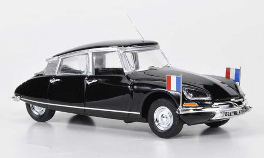 Citroen DS 21 1/43 Rio President Valery Giscard d'Estaing 1974 miniature