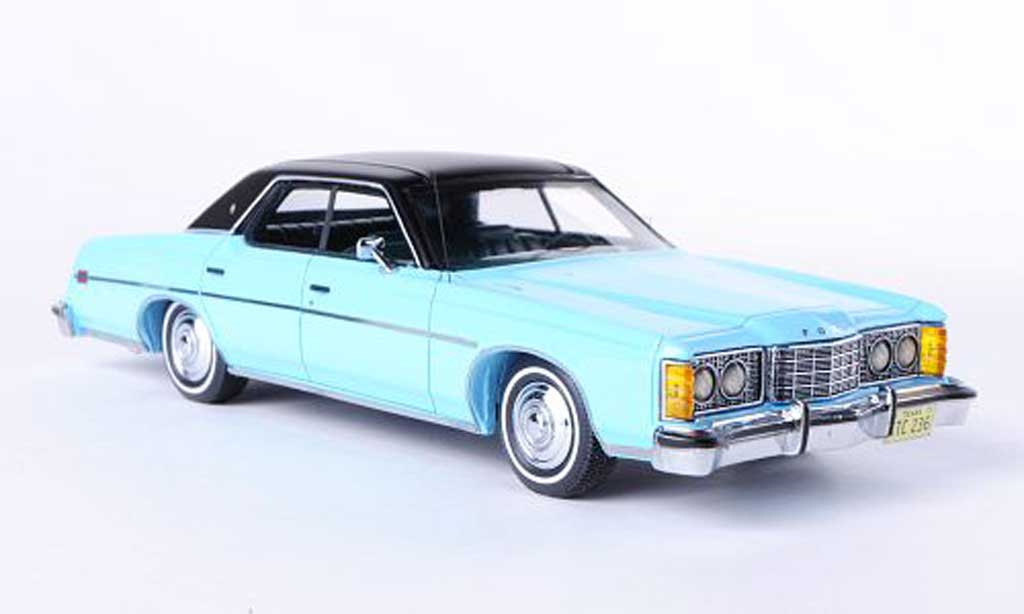 Ford LTD 1973 1/43 Neo bleu/matt noire miniature