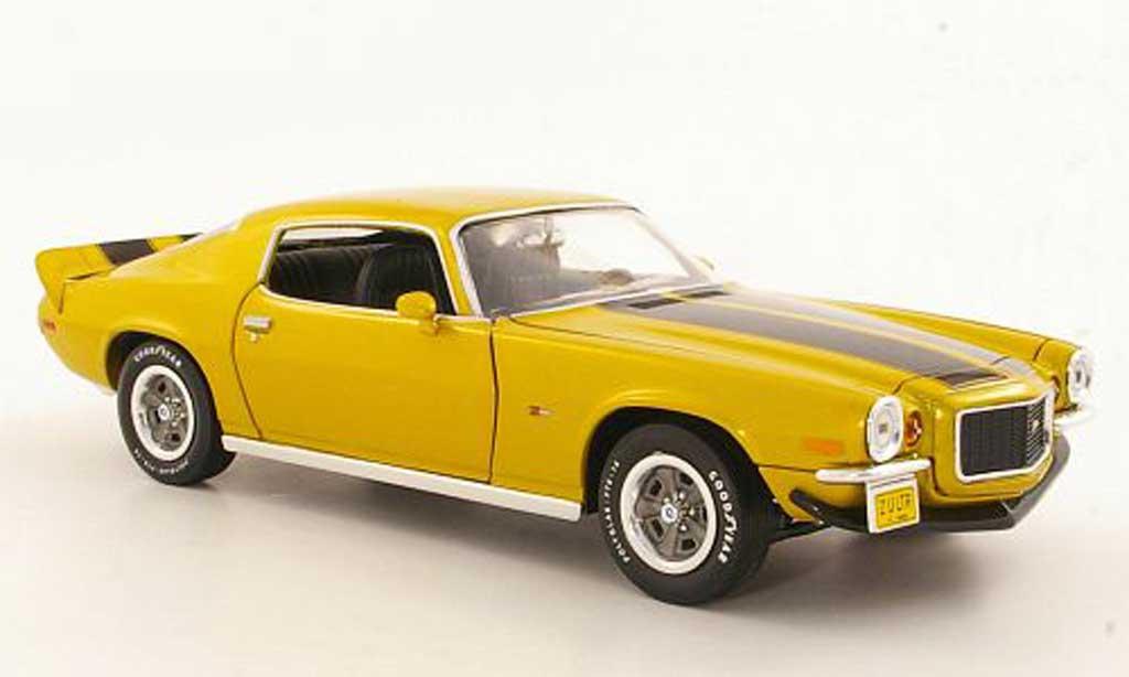 Chevrolet Camaro Z28 1/18 Ertl yellow/black 1971 diecast