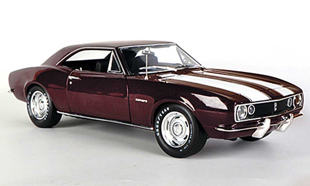 Chevrolet Camaro Z28 1/18 Ertl red/white 1967 diecast model cars