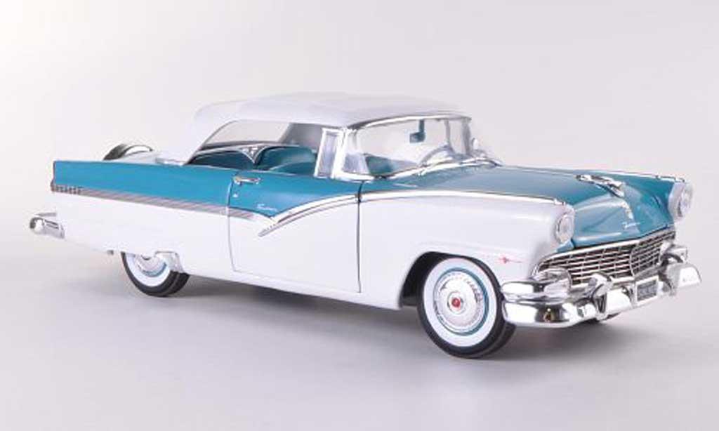 Ford Fairlane 1956 1/18 Ertl Sunliner bleue/blanche miniature