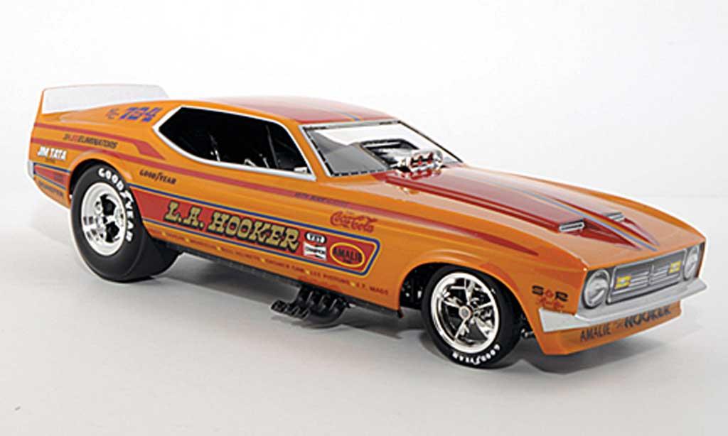 Ford Mustang 1971 1/18 Ertl NHRA Funny Car L.A. Hooker diecast