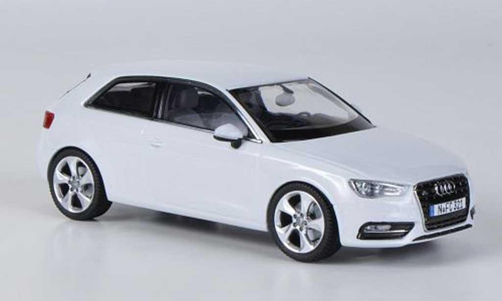 Audi A3 1/43 Schuco blanche 2012 miniature
