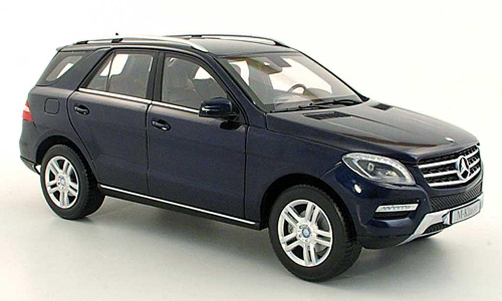 Mercedes Classe M 1/18 Minichamps (W166) ML bleu 2011 miniature