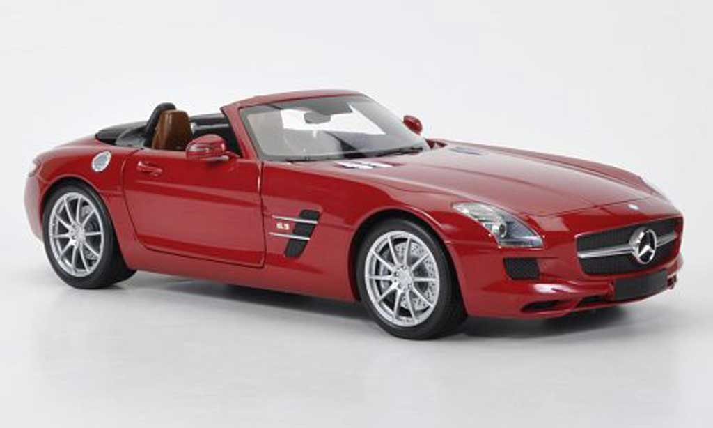 Mercedes SLS 1/18 Minichamps AMG Roadster red 2011 diecast model cars
