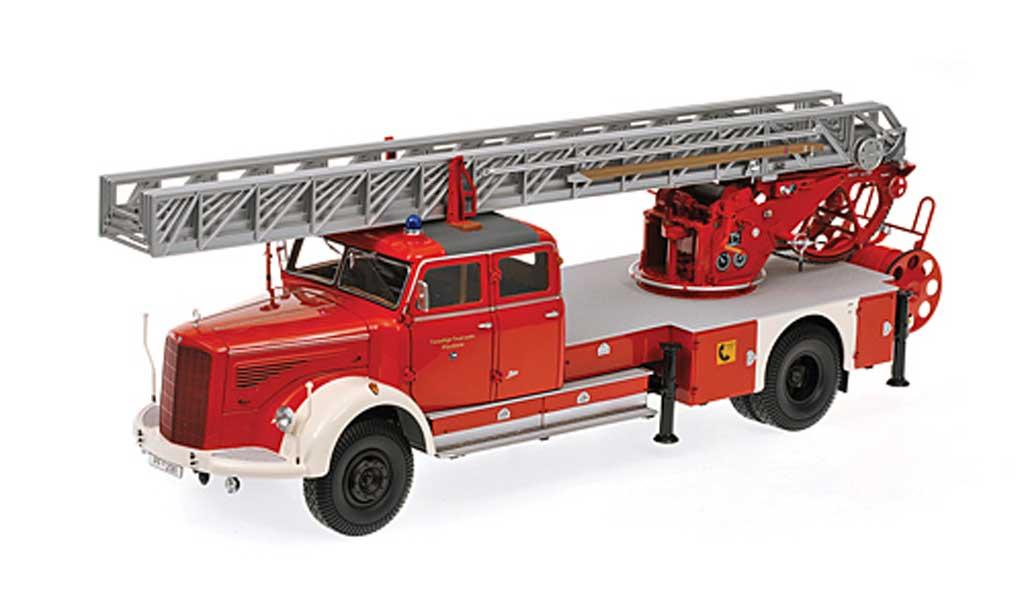 Mercedes L 6600 1/18 Minichamps DL30 Feuerwehr Pforzheim Drehleiter 1950 miniatura