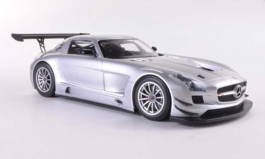 Mercedes SLS 1/18 Minichamps AMG GT3 grise Plain Body Version 2011 miniature