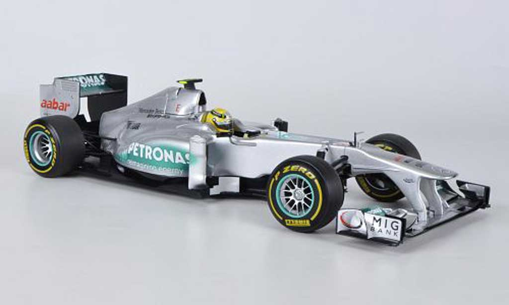 Mercedes F1 1/18 Minichamps AMG Team No.8 Petronas N.Rosberg Showcar 2012 miniature