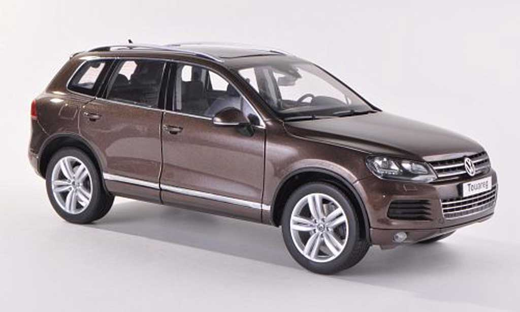 Volkswagen Touareg 1/18 Kyosho II brown 2010 diecast model cars