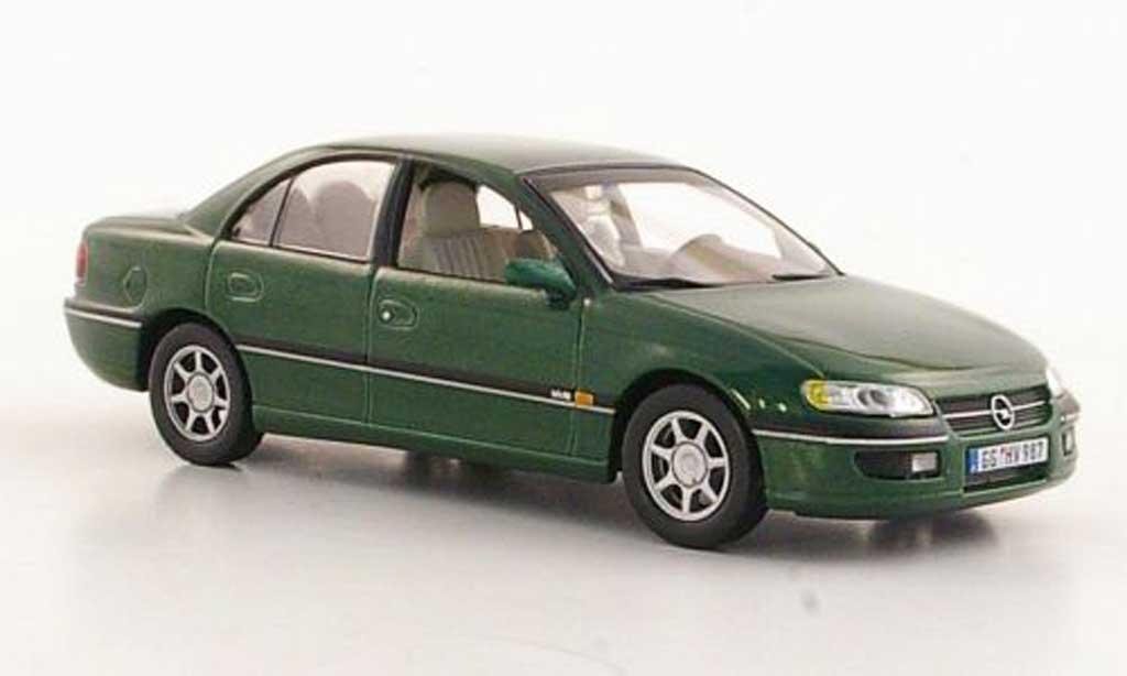 Opel Omega 1/43 Hachette B MV6 verte (ohne Magazin) 1994 miniature