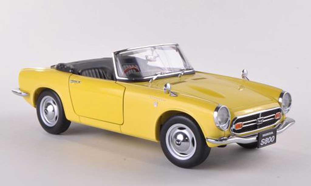Honda S800 1/18 Autoart Roadster jaune 1966 miniature