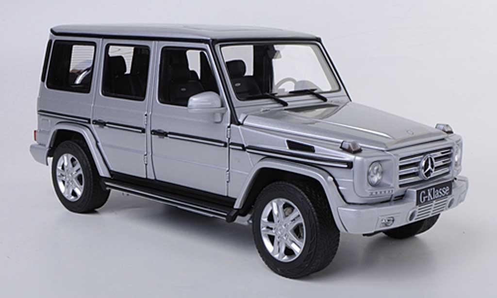 Mercedes Classe G 1/18 Autoart G 500 (W461) grise 2012 miniature