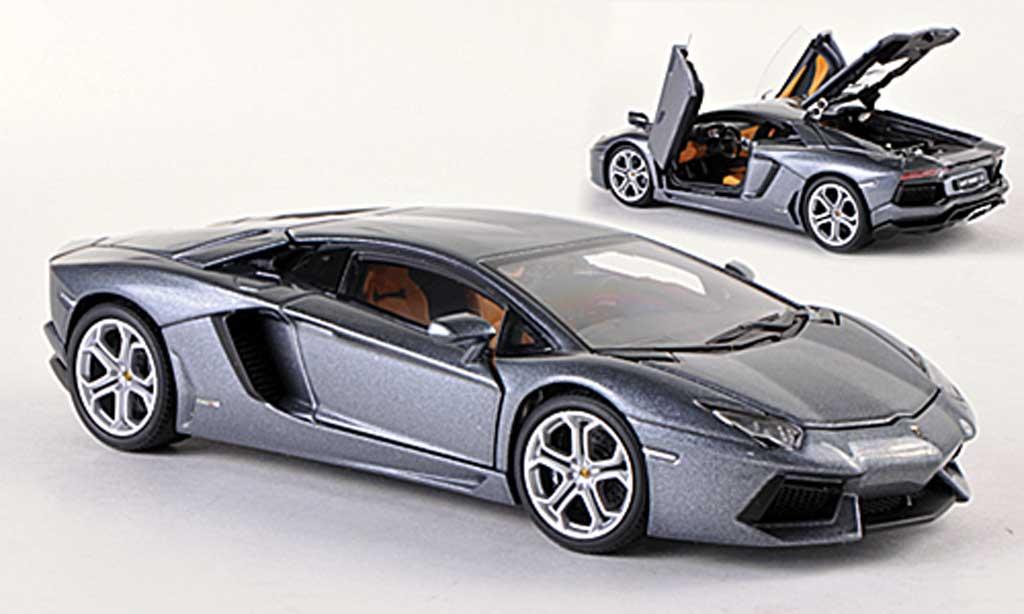 Lamborghini Aventador LP700-4 1/43 Autoart gray  2011 diecast