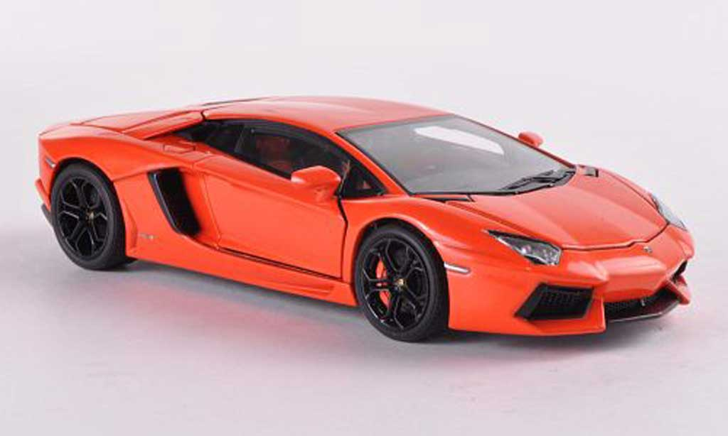 Lamborghini Aventador LP700-4 1/43 Autoart orange  2011 miniature