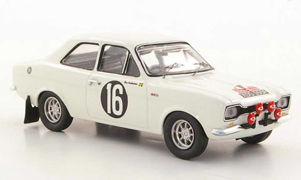 Ford Escort RS 1600 1/43 Trofeu TC No.16 O.Andersson / J.Davenport Rally San Remo 1968 miniature