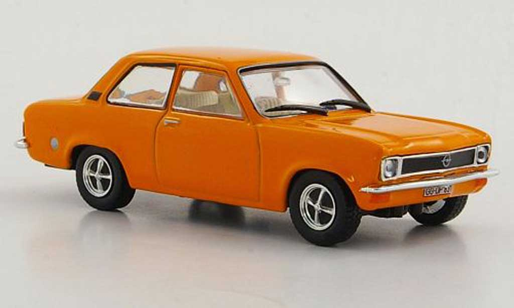 Opel Ascona A 1/43 Hachette orange 2-portes (ohne Magazin) 1970 miniature