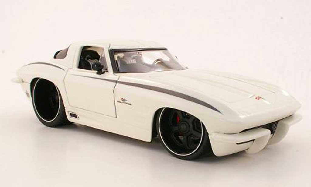 Chevrolet Corvette C2 1/18 Jada Toys Toys Stingrey white 1963 diecast model cars