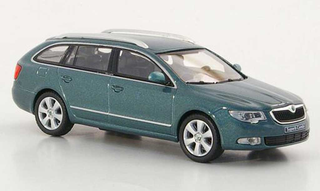 Skoda Superb 2009 1/43 Abrex II Combi griseverte miniature