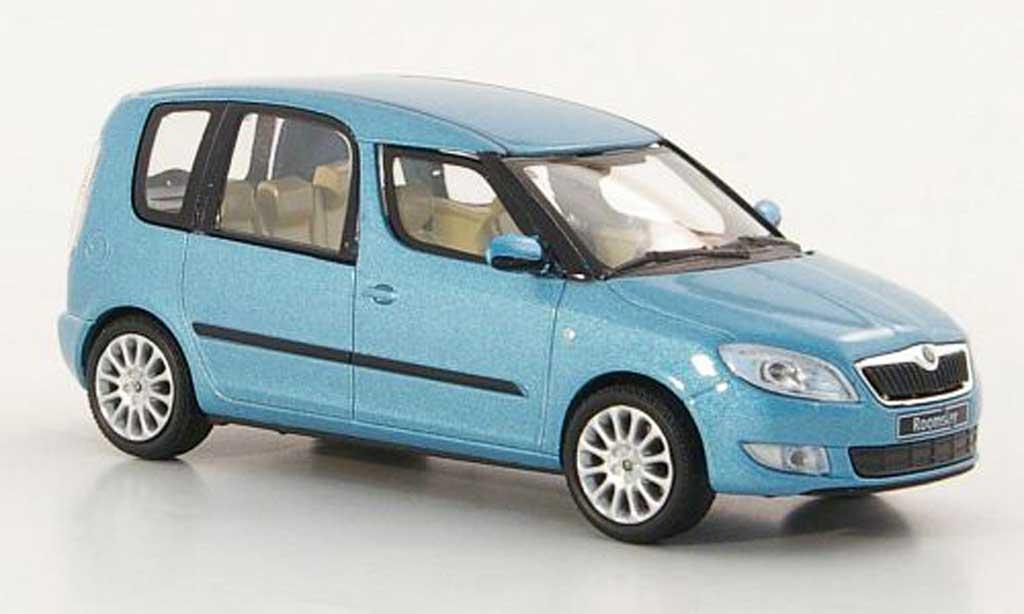 Skoda Roomster 1/43 Abrex bleu 2010 miniature