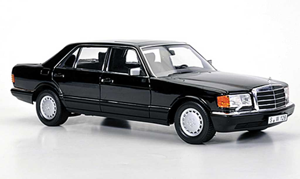 Mercedes 560 SEL 1/18 Norev (W126) black 1985 diecast model cars