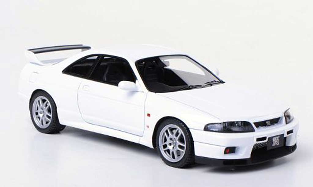 Nissan Skyline R33 1/43 HPI Mirage GT-R V-Spec N1 (R33) white RHD diecast