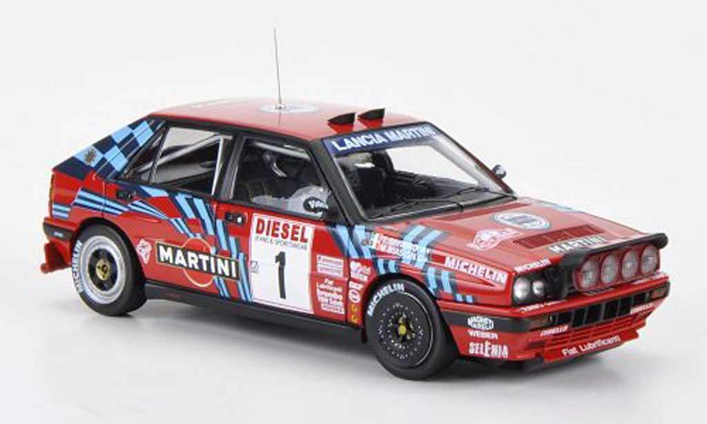 Lancia Delta HF Integrale 1/43 HPI 16V No.1 Martini M.Biasion / T.Siviero Nachtfahrversion Rally Sanremo 1989 miniatura