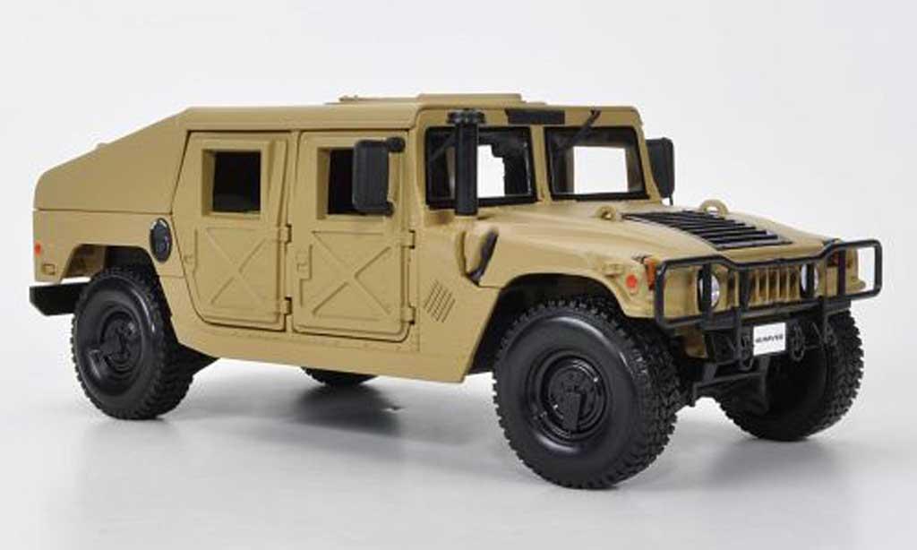 Hummer Humvee 1/18 Maisto Militarversion sand miniature
