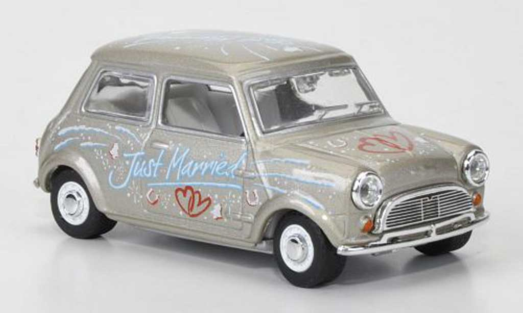 Austin Mini Cooper 1/43 Oxford Just Married 1966 diecast model cars