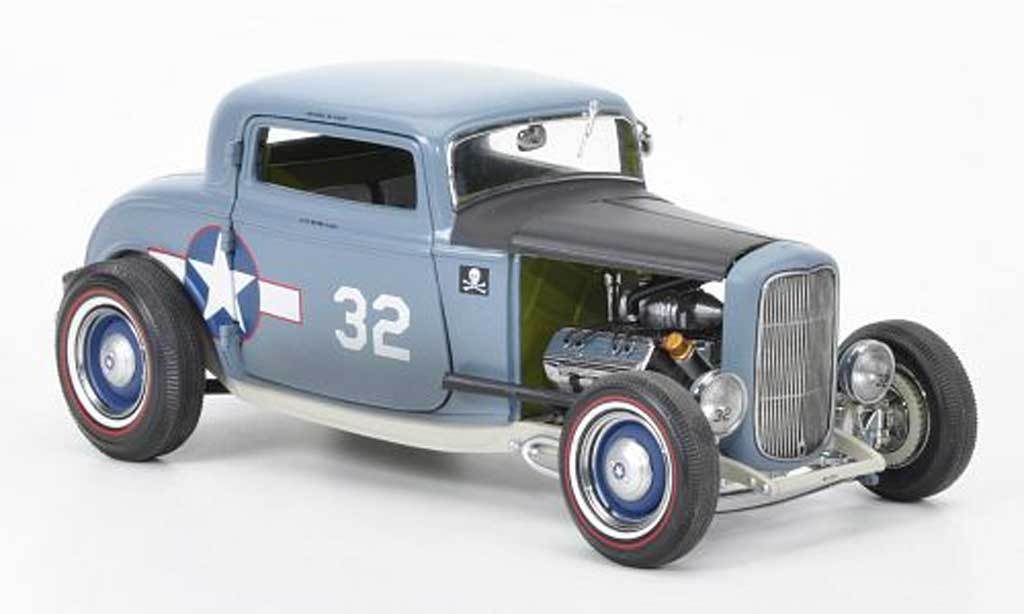 Ford 1932 1/18 GMP Coupe F4 No.32  Navy F4U Corsair ACME miniature