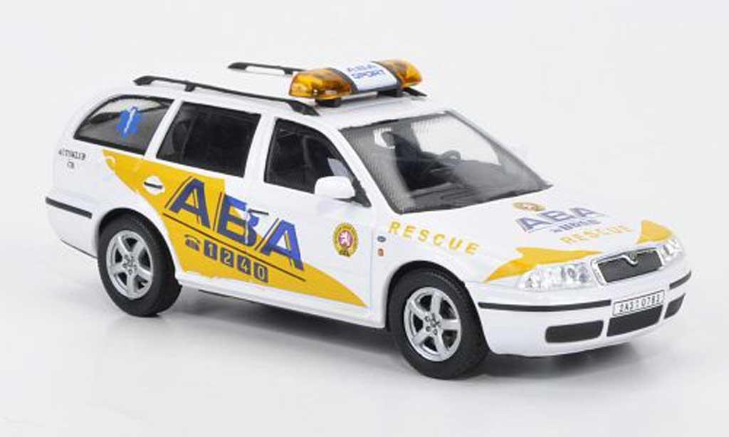 Skoda Octavia 1/43 Abrex ABA Rescue 2004 miniature