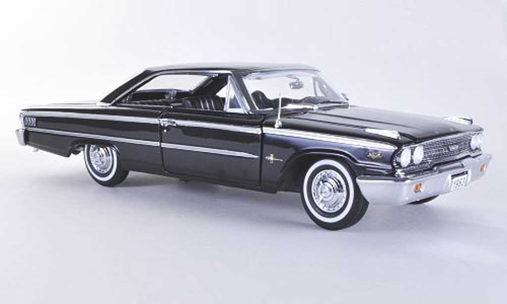 Ford Galaxy 1/18 Sun Star 500 XL noire 1963 miniature