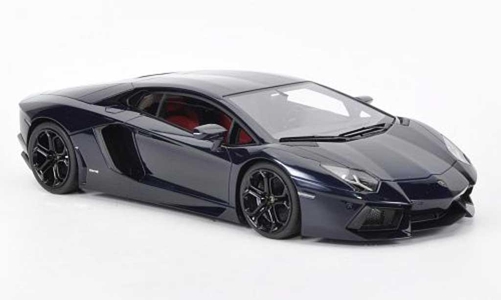 Lamborghini Aventador LP700-4 1/18 MR Collection bleu Hera 2011 diecast