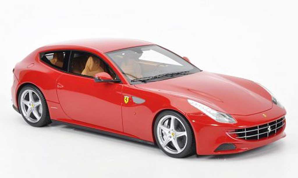 Ferrari FF 1/18 MR Collection rosso miniatura