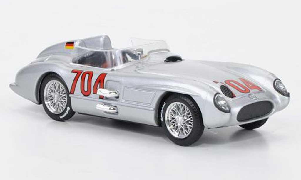 Mercedes 300 SLR 1/43 Brumm No.704 Hans Herrmann 1955 miniature