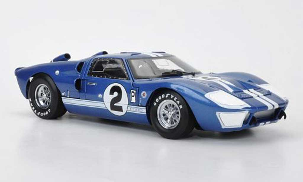 Ford GT 40 1/18 Shelby Collectibles MkII No.2 Sebring 1966 miniature