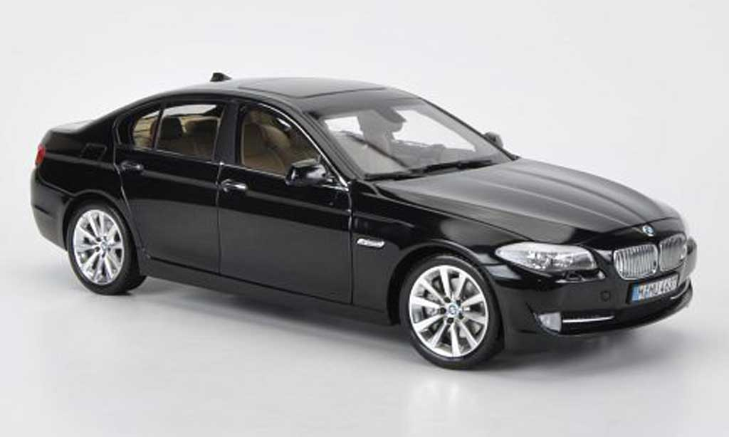 Bmw 535 F10 1/18 Welly d noire miniature